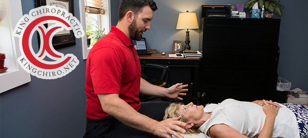 Chiropractor Wilmington NC Rhett King Adjusting